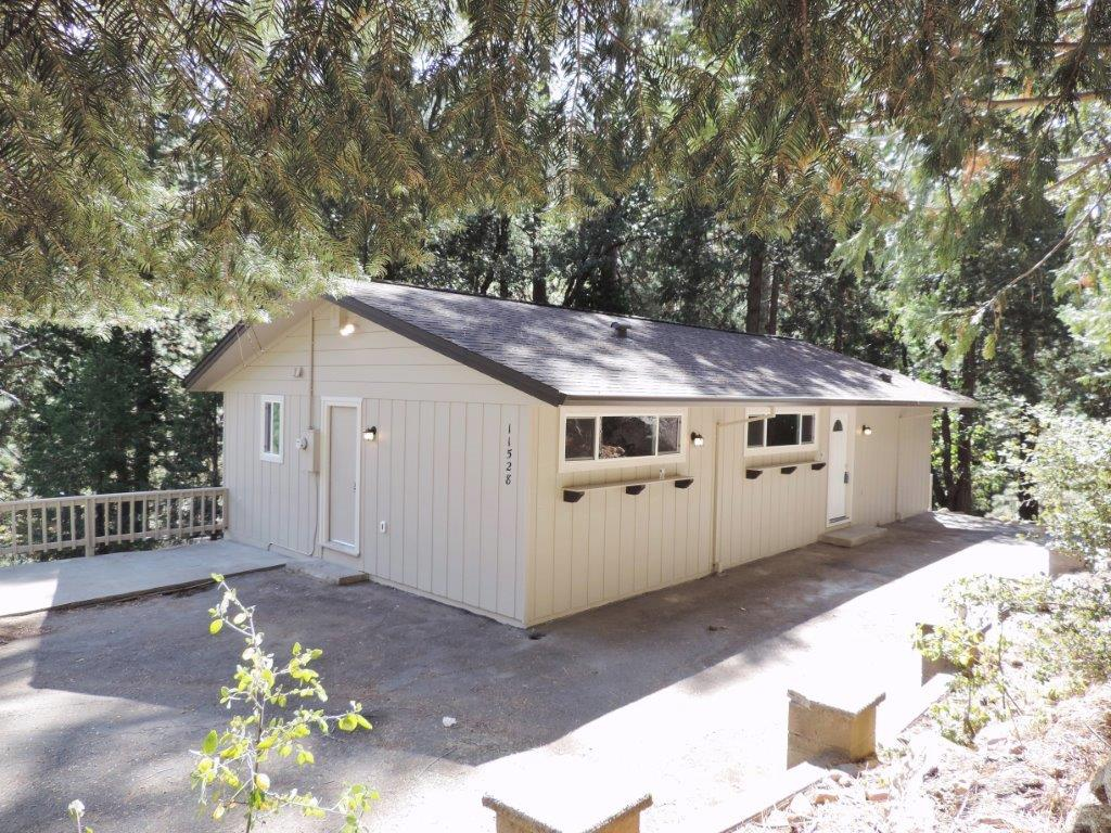 11528 Pine Cone Dr, Kyburz, CA 95720