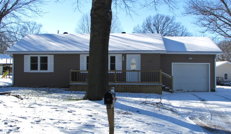 720 Ray Road, Brookfield, Missouri 64628