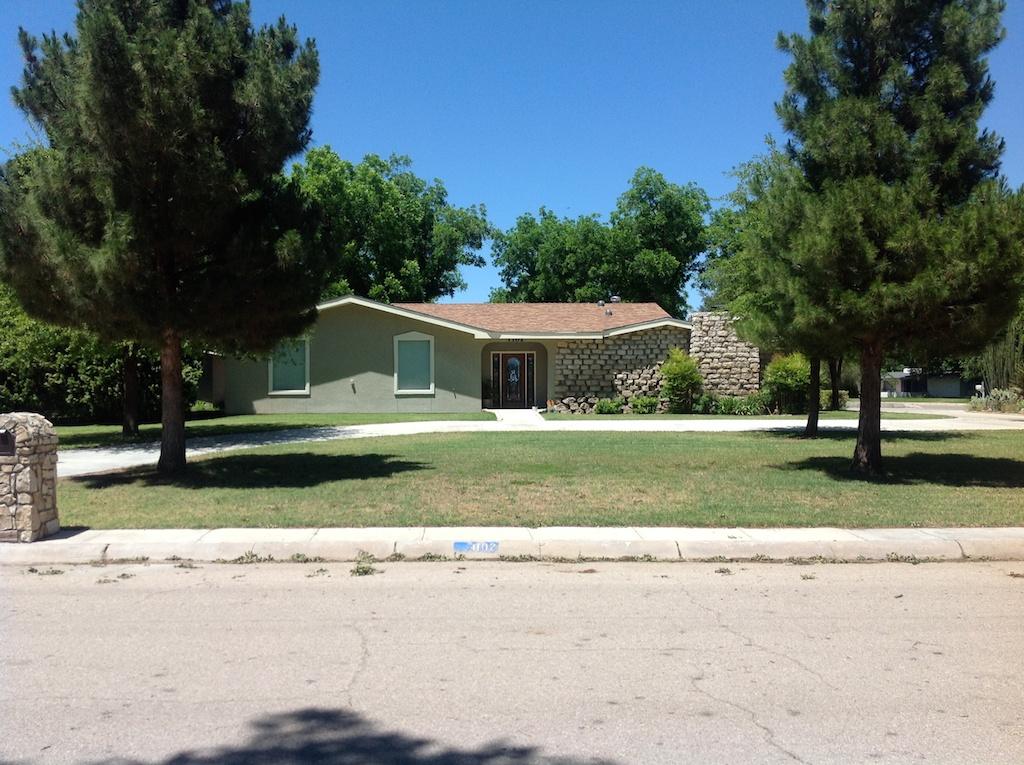1102 North Shore Drive, Carlsbad, New Mexico 88220