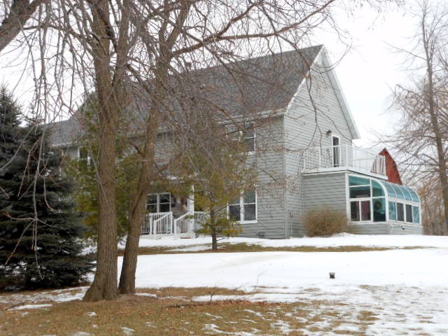 N5862 S Farmington Rd, Helenville, Wisconsin 53137