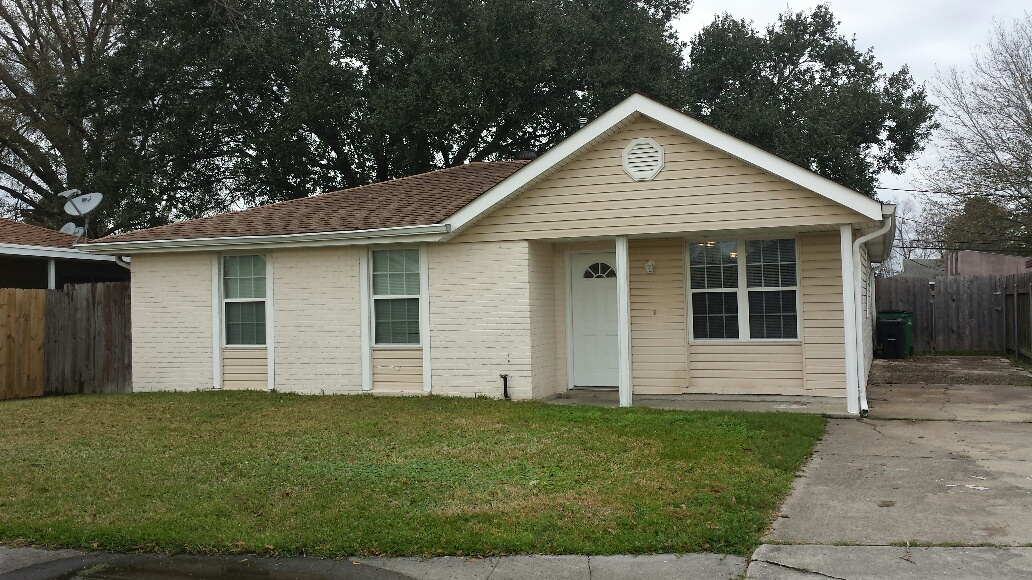 132 Winnona Dr., Avondale, Louisiana 70094