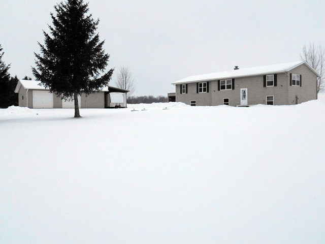 EP1056 Equity St, Stratford, Wisconsin 54484