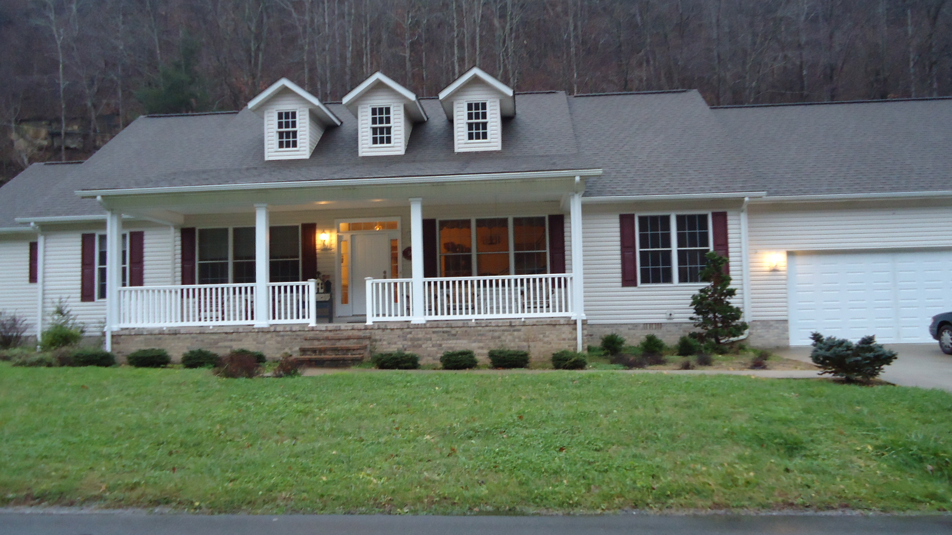 504 Accovile Hollow Road, Accoville, West Virginia 25606
