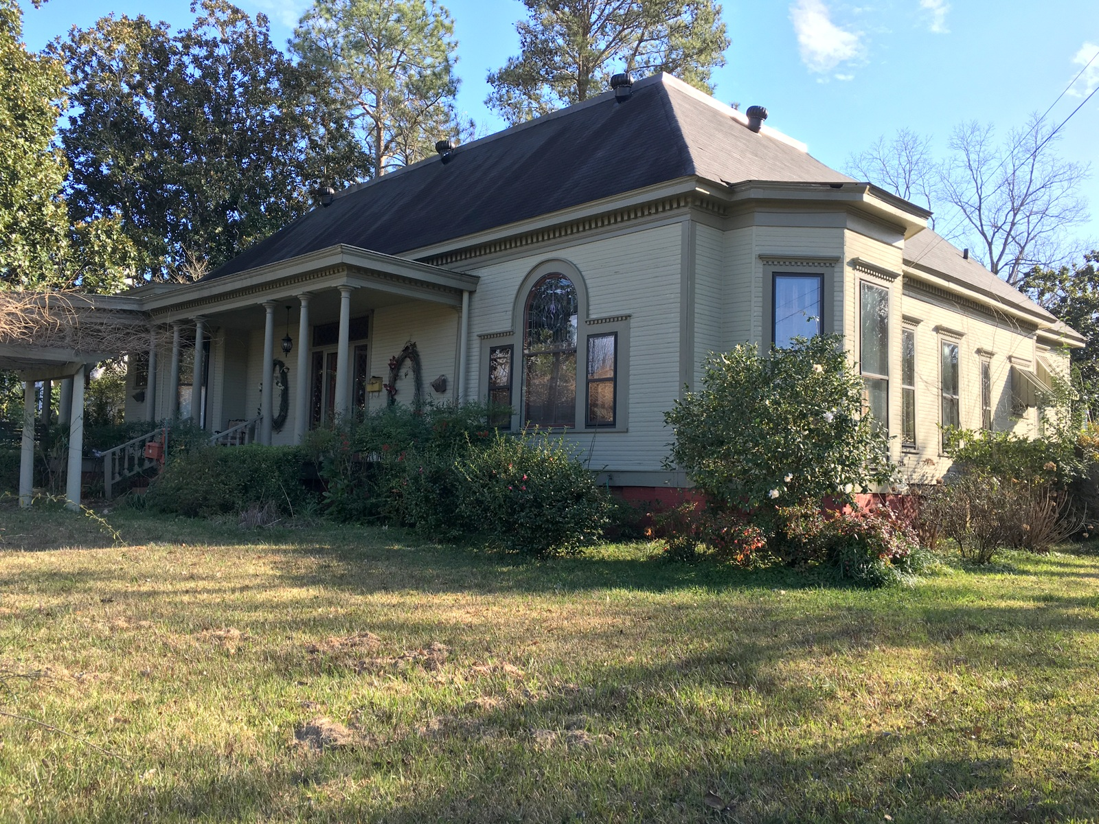 509 W. Commerce Street, Aberdeen, Mississippi 39730