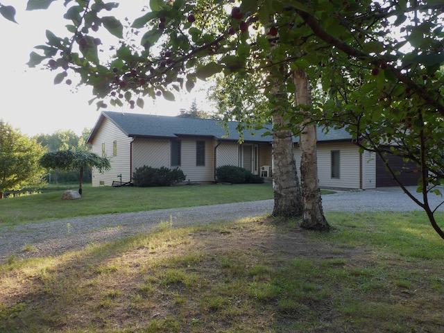 1365 Lakeside Trail, Barton City, Michigan 48705