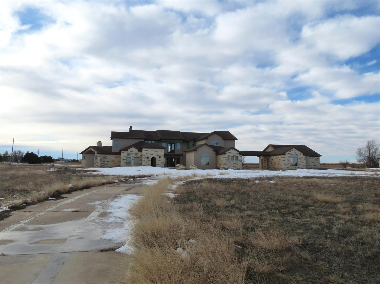 8317 Woodrow Rd, Wolfforth, Texas 79382