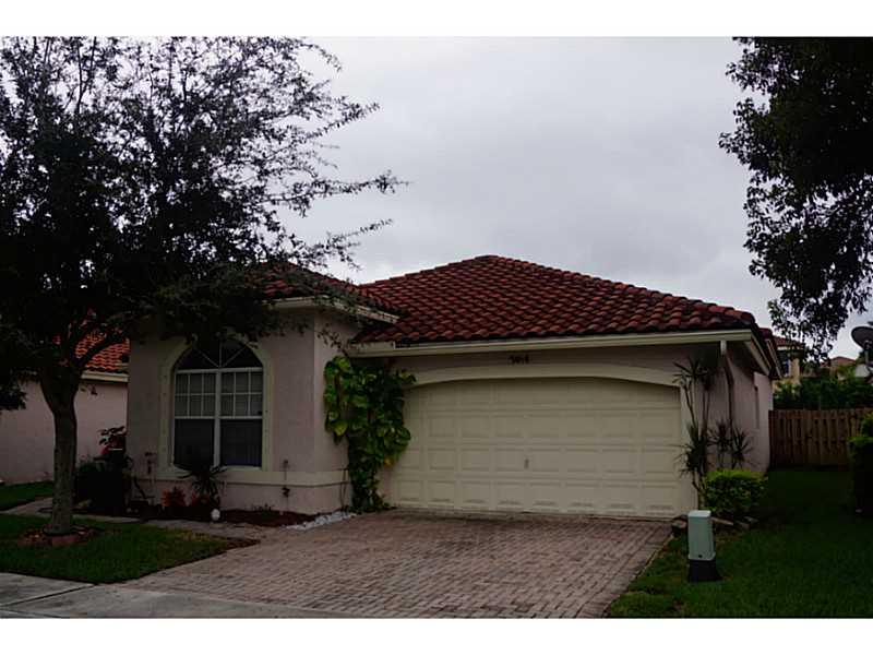 7464 Parkside Lane, Margate, FL 33063