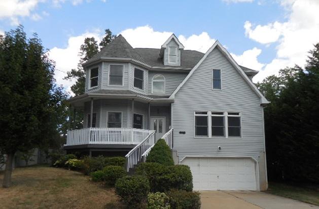 445 Broad St, Sewaren, New Jersey 07077