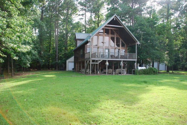 493 Cypress Lakes Dr, Pickensville, Alabama 35447
