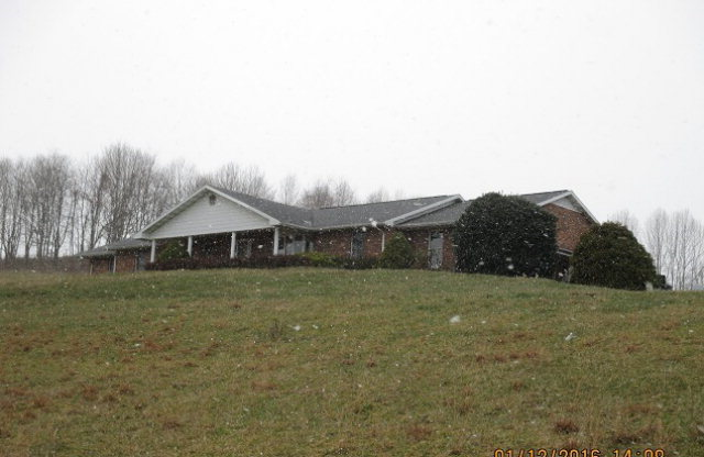 259 S Angel Ave, Castlewood, Virginia 24224
