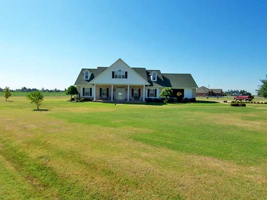 201 Honey Cypress, Leachville, Arkansas 72438
