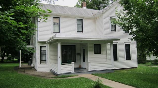 812 Vennum , Eureka, Illinois 61530