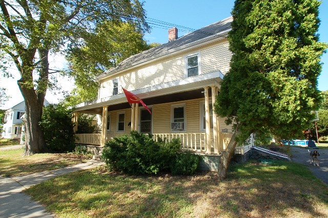 143 Washington Cir, Woburn, MA 01801