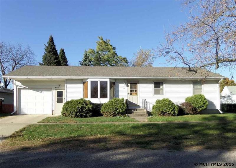 302 2nd Ave N, Northwood, Iowa 50459