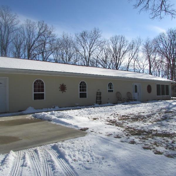 27361 Jaunt Dr, Brookfield, Missouri 64628