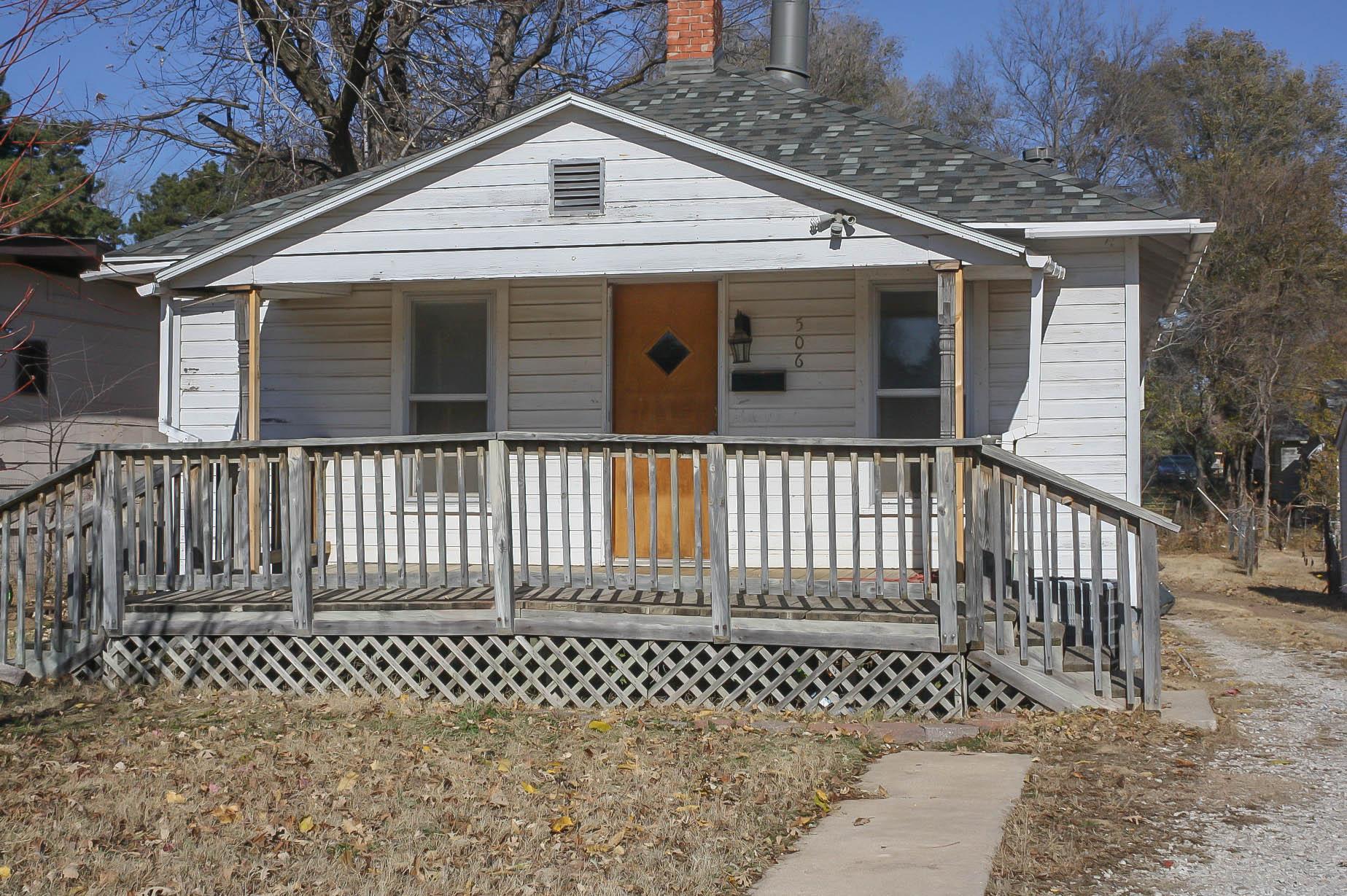 506 W 5th, Pratt, Kansas 67124