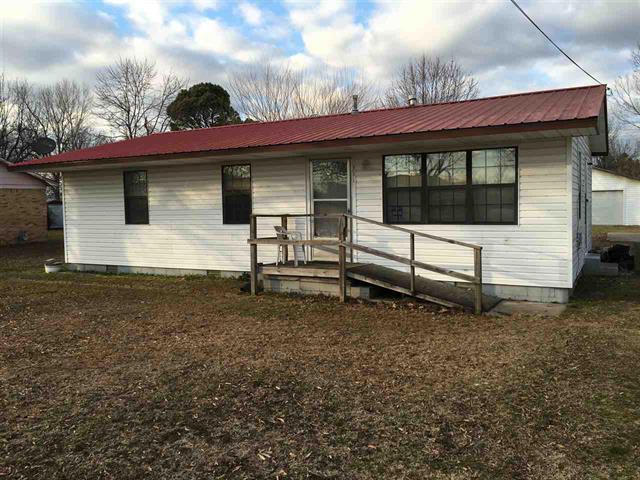 311 SE Hayes, Hoxie, Arkansas 72433