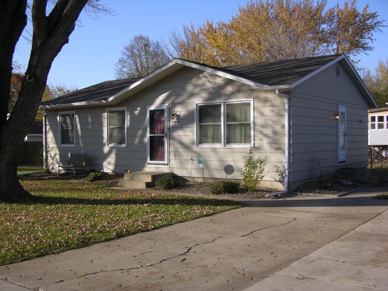 9 W Duke, Vermillion, South Dakota 57069