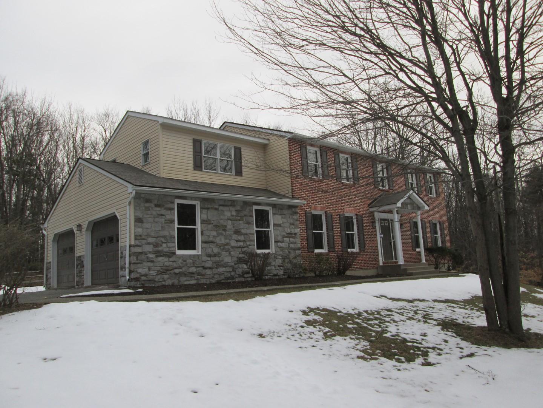 2573 Highview Drive, Brodheadsville, Pennsylvania 18322