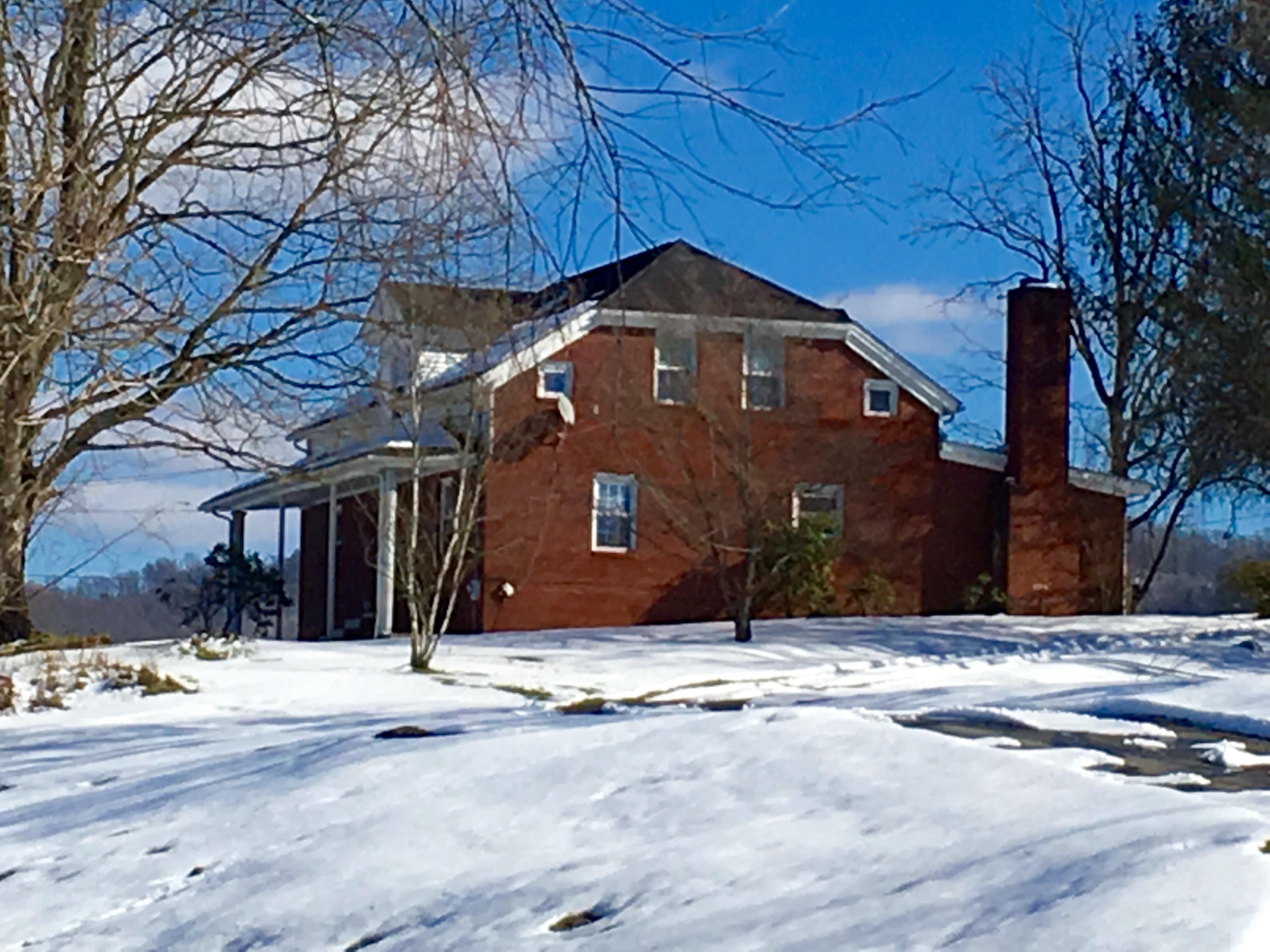 119 Regan Drive, Castlewood, Virginia 24224