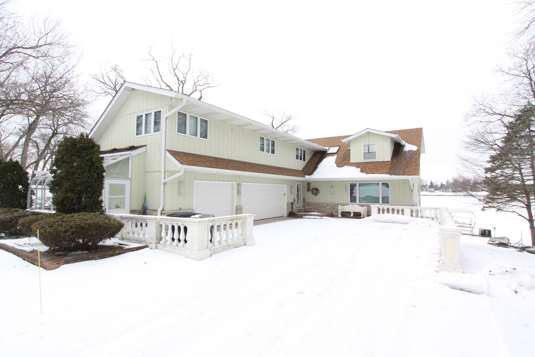 2885 Regner Rd, Mchenry, Illinois 60051