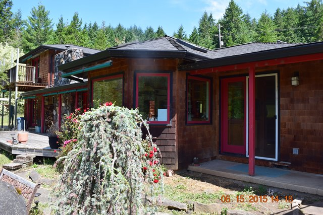 36429 Row River Rd, Cottage Grove, Oregon 97424