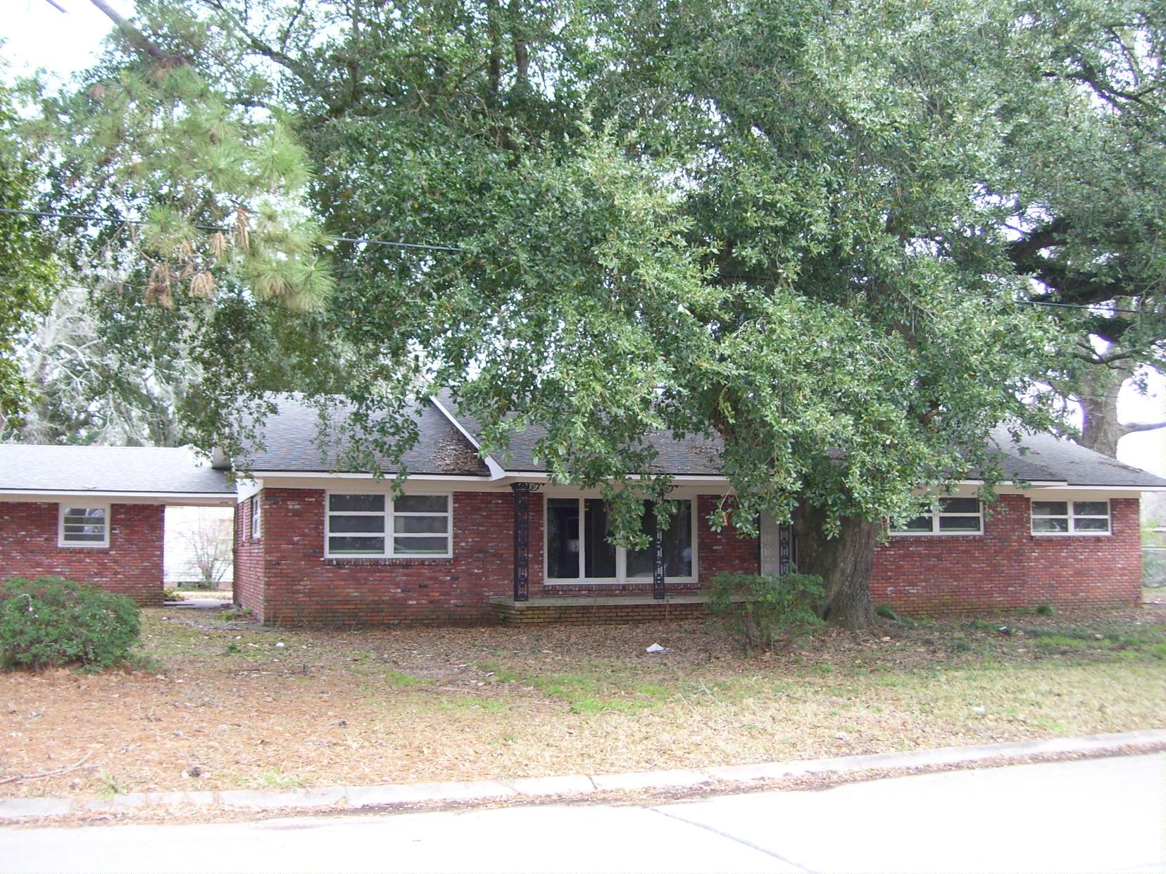 317 N Thompson, Ville Platte, Louisiana 70586