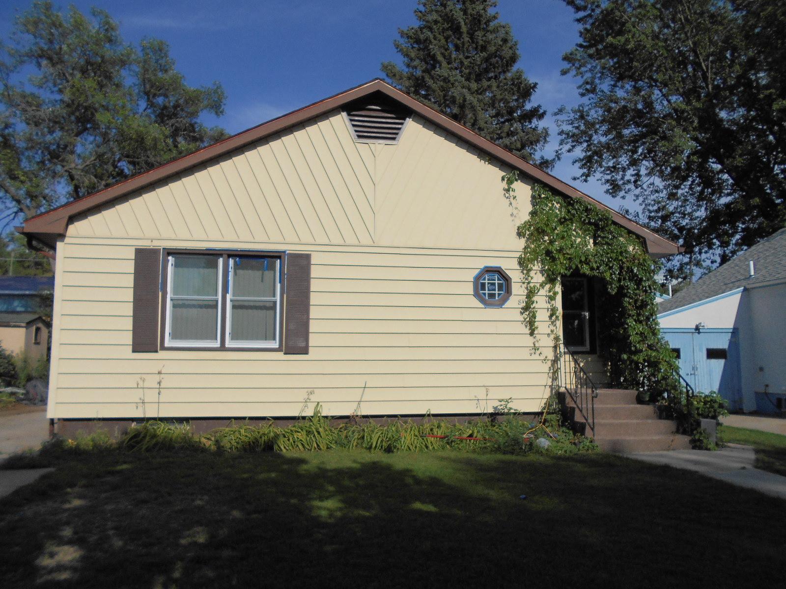 810 2nd Ave Ne, Jamestown, North Dakota 58401