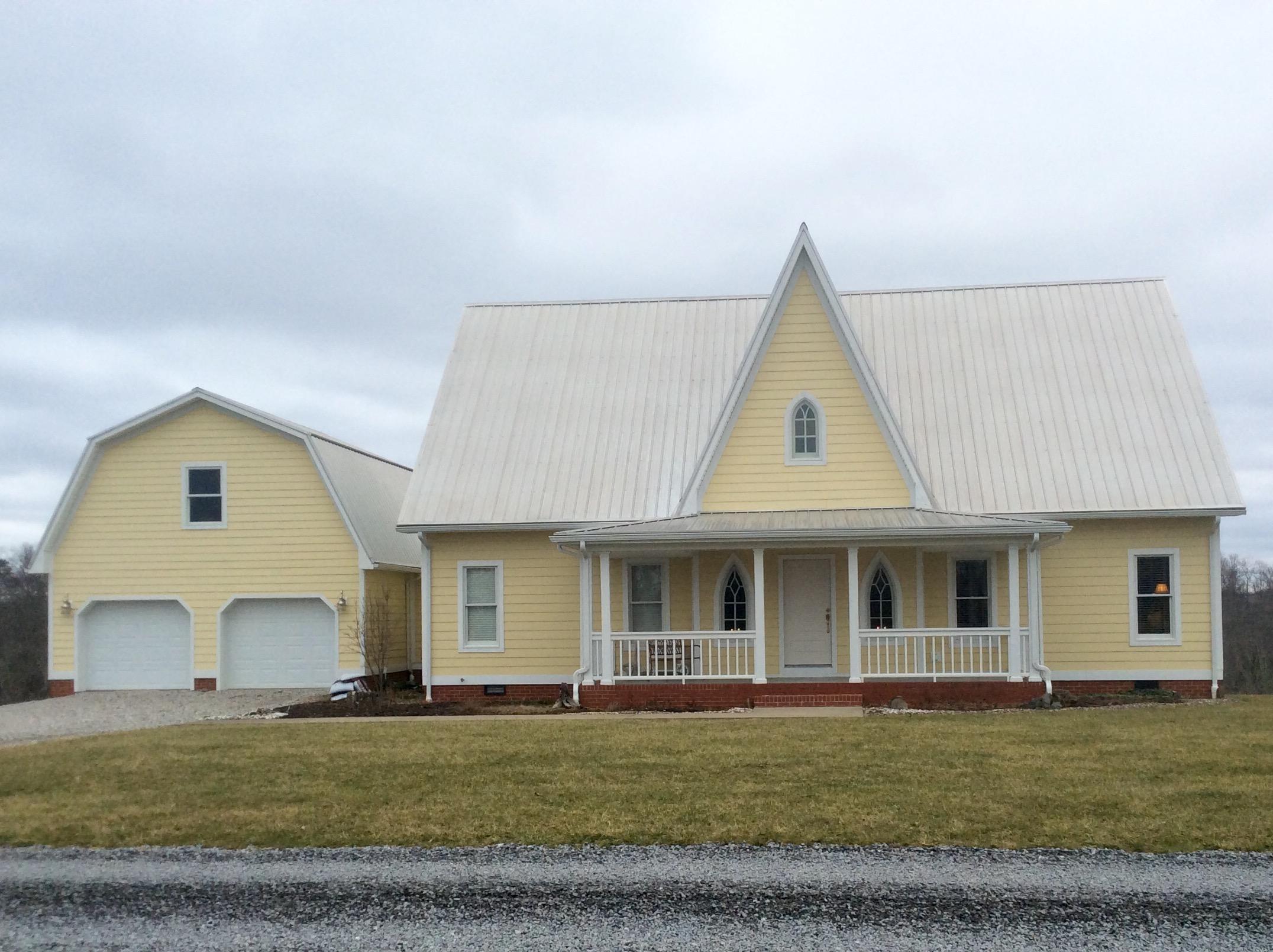 814 Village Lane, Milton, West Virginia 25541