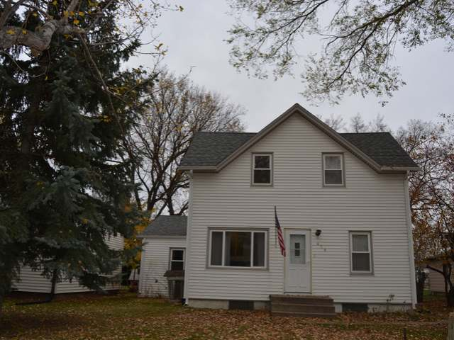 416 nd St NE, Garrison, ND 58540
