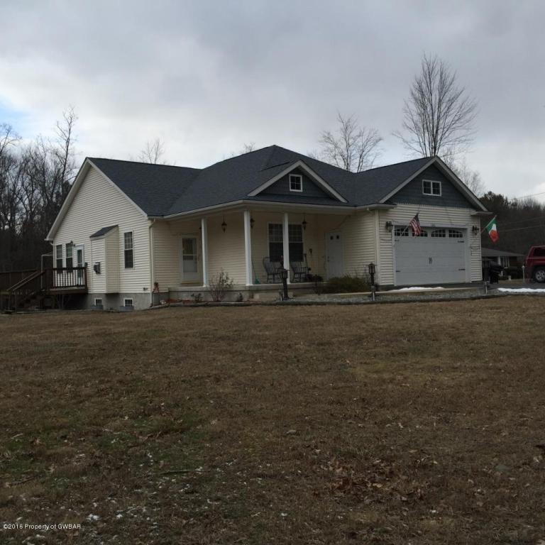 1366 Mount Zion Road, Harding, Pennsylvania 18643