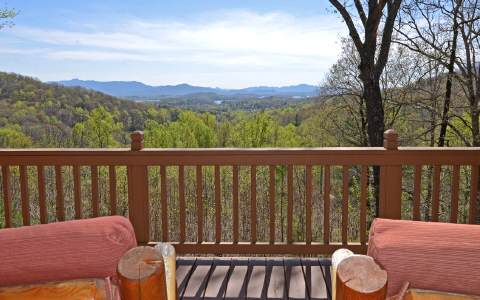 Hayesville, North Carolina 28904
