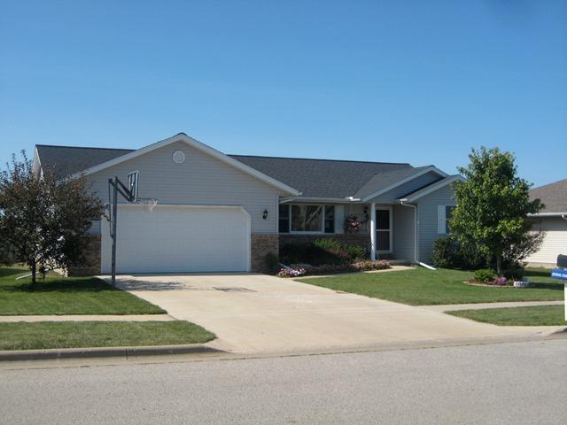 820 Dennis, Eureka, Illinois 61530