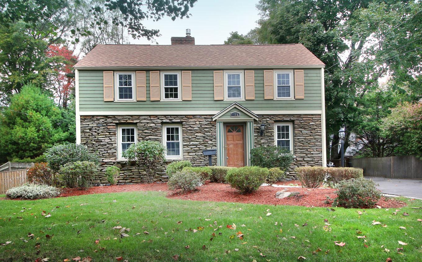 138 Lincoln Street, Melrose, Massachusetts 02176