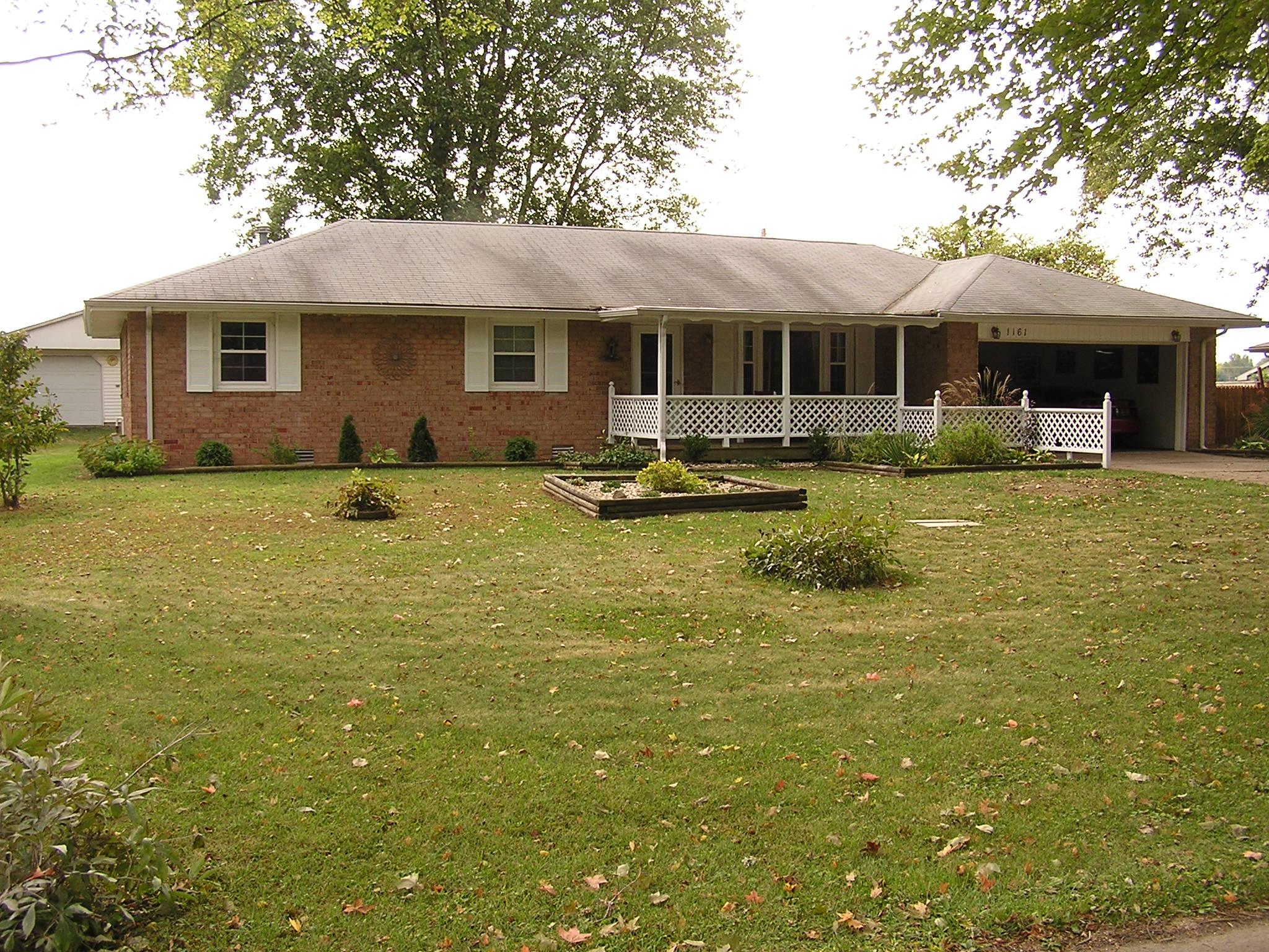 1161 Grace St., Taylorsville, IN 47280
