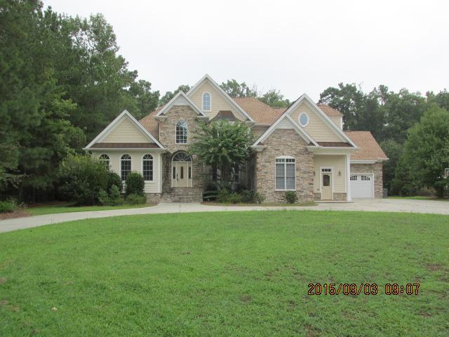 5003 White Oak Drive, Lumberton, NC 28358