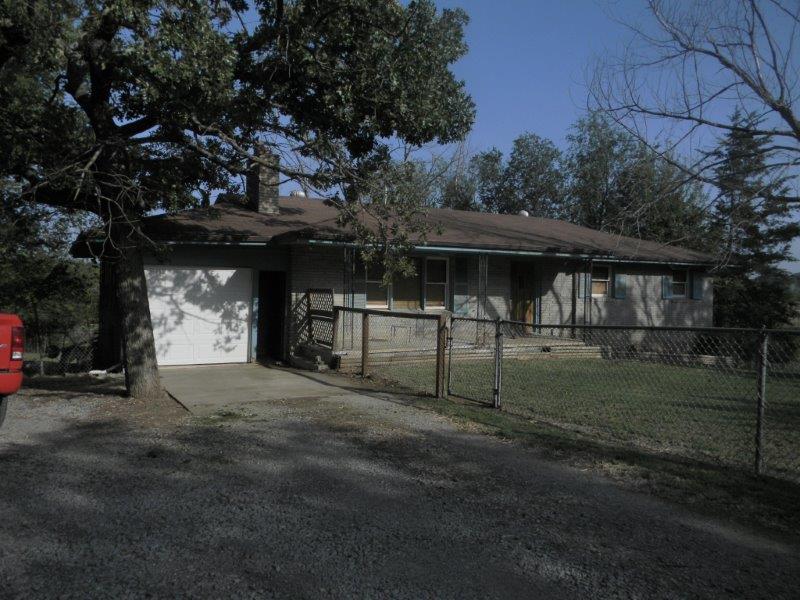 201 S Tull , Yale, Oklahoma 74085