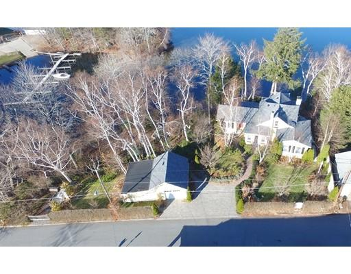 17 South Point Road, Webster, Massachusetts 01570