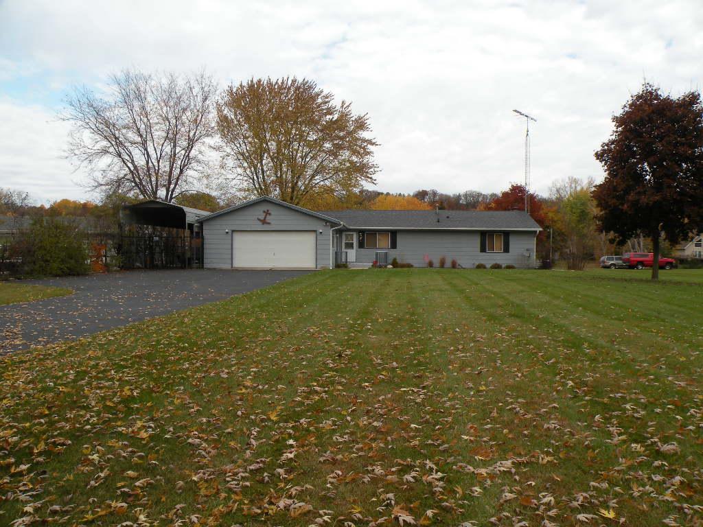 W3776 Beyers Cove Road, Princeton, Wisconsin 54968