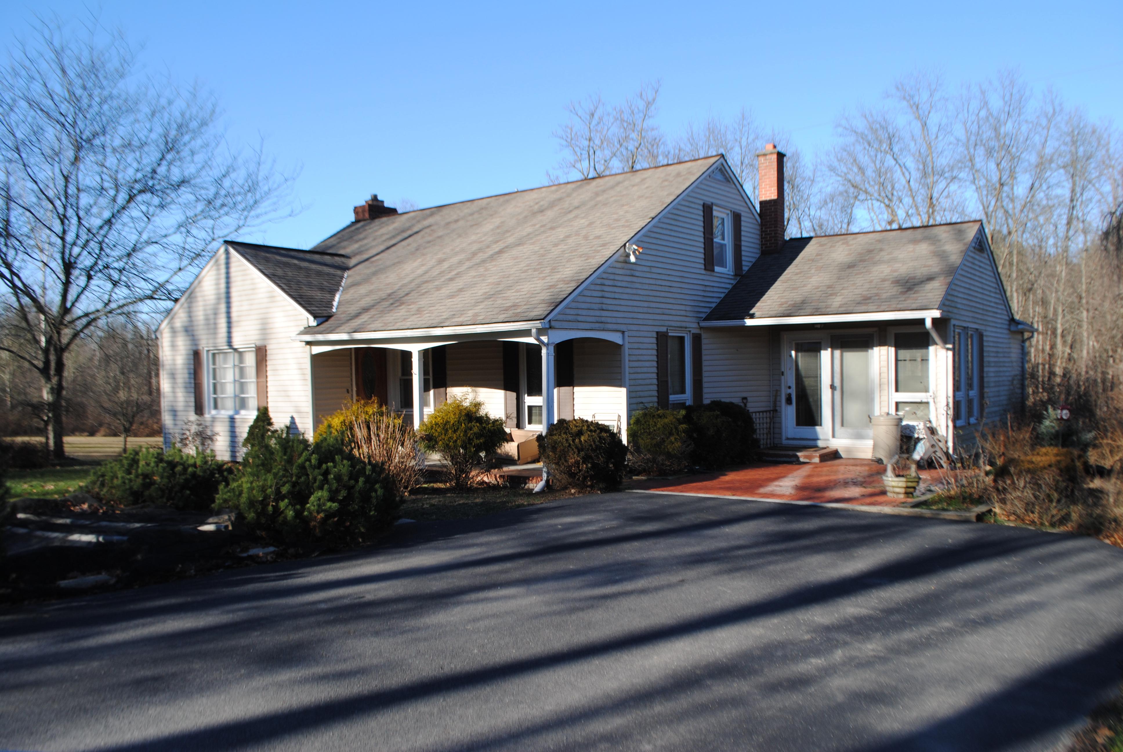 1663 Pikes Peak Rd, Allenwood, PA 17810
