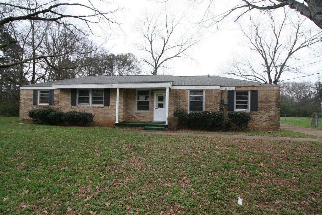 3903 Lakeview Drive, Huntsville, Alabama 35810