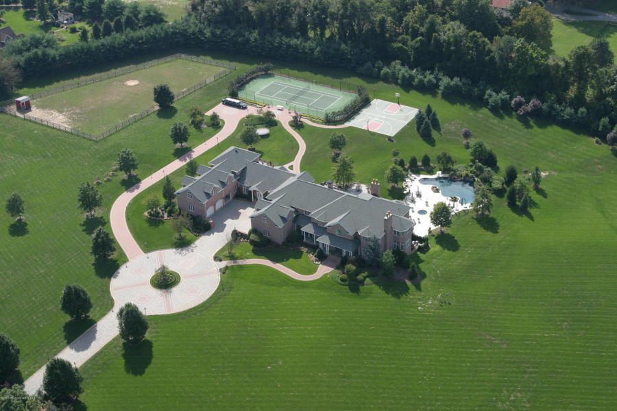 69 Cross Road, Colts Neck, New Jersey 07722