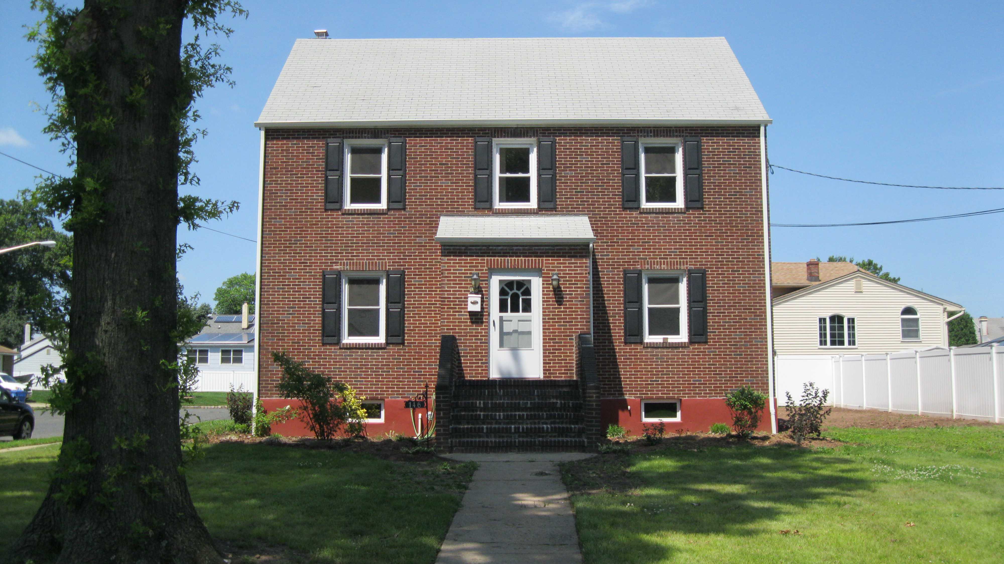 146 Old Rd, Sewaren, New Jersey 07077