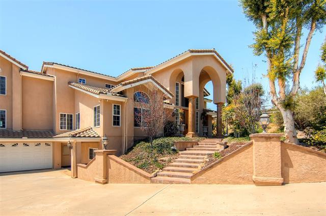 15198 Lazy Creek Road, El Cajon, California 92021