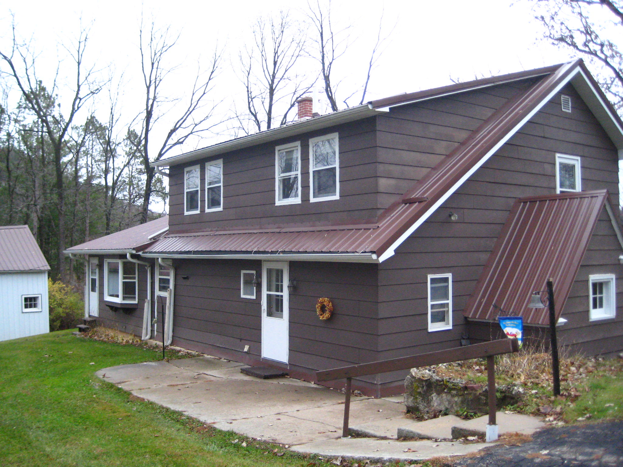 49585 Old Gays Rd., Gays Mills, Wisconsin 54631