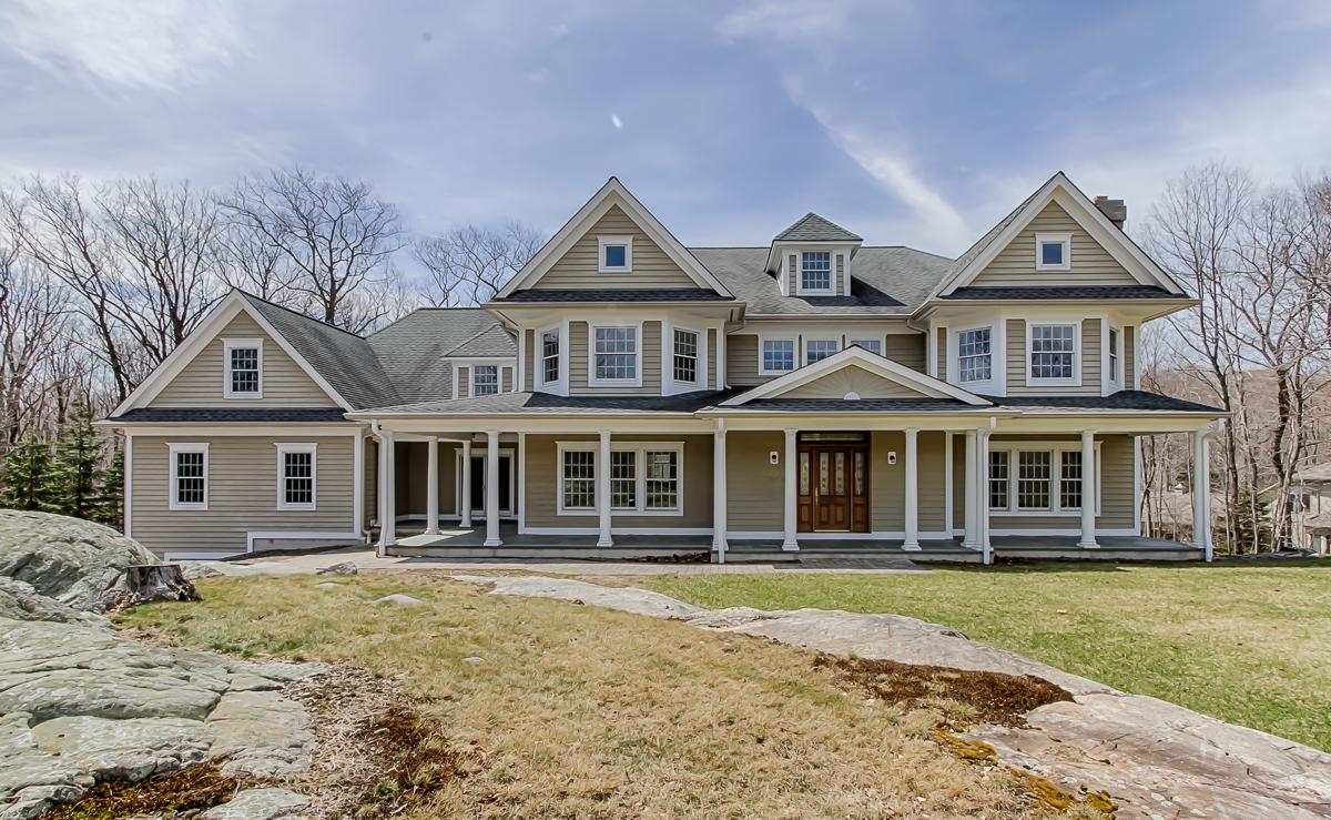 834 W Shore Dr, Kinnelon, New Jersey 07405