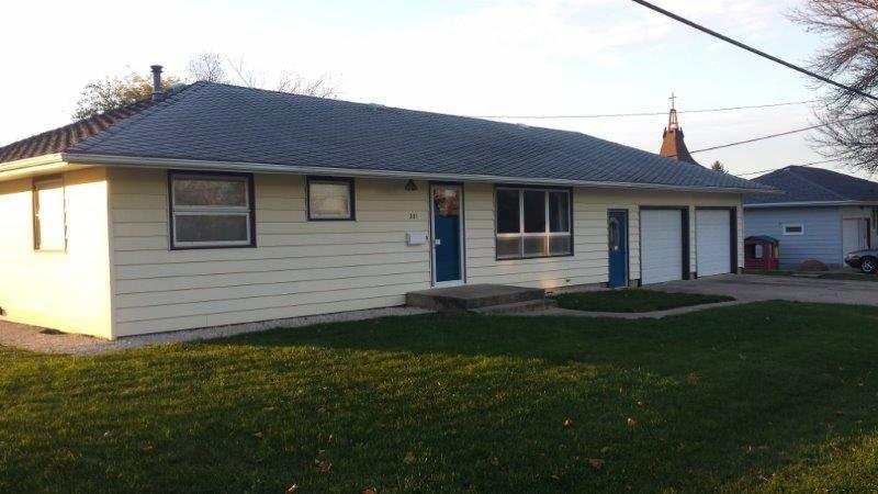 201 North 4th Ave West, Hartley, Iowa 51346