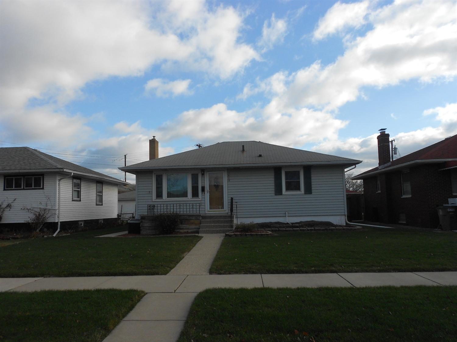 5419 Walsh Ave, East Chicago, IN 46312