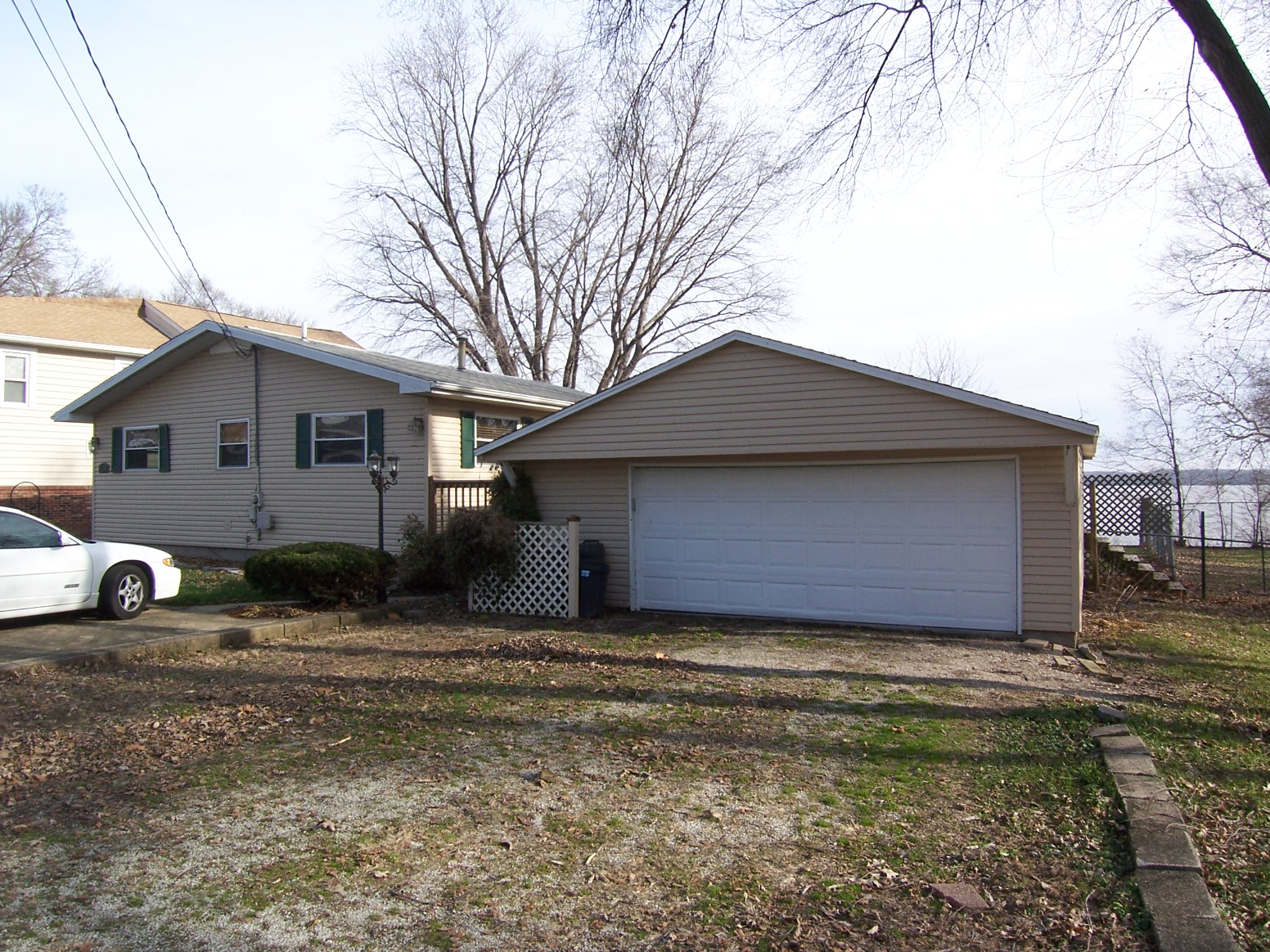 12106 N Riverview Road, Chillicothe, Illinois 61523