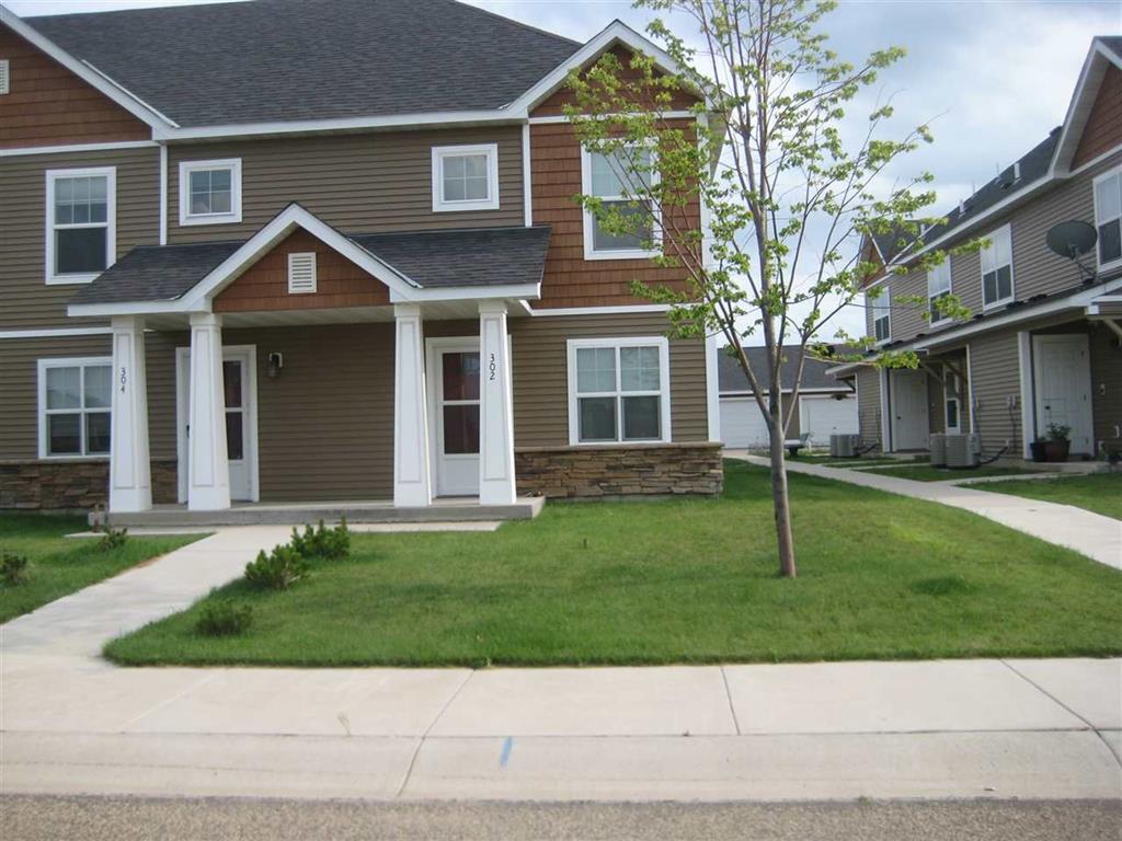 302 10th Ave SE, Stanley, North Dakota 58784